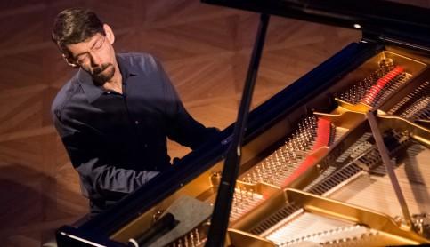 Imagen noticia - Fred Hersch y Juan Pérez Floristán encanbezan el cartel del III Festival Internacional 'El Mundo en un Piano'
